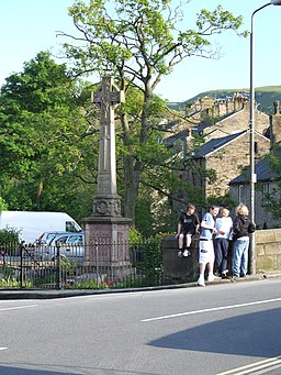 Hayfield War memorial 0157