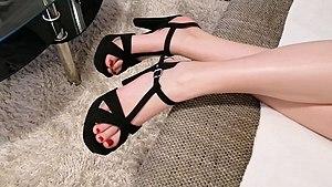 High heeled shoe Wikipedia