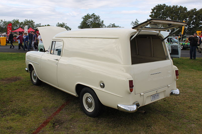 File:Holden FB Panel Van (15841323096).jpg