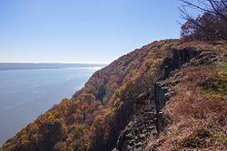 View of the Hudson River looking southward from Hook Mountain State Park.