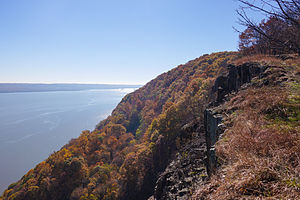 Rockland County, New York - Image: Hook Mountain Nov 2015