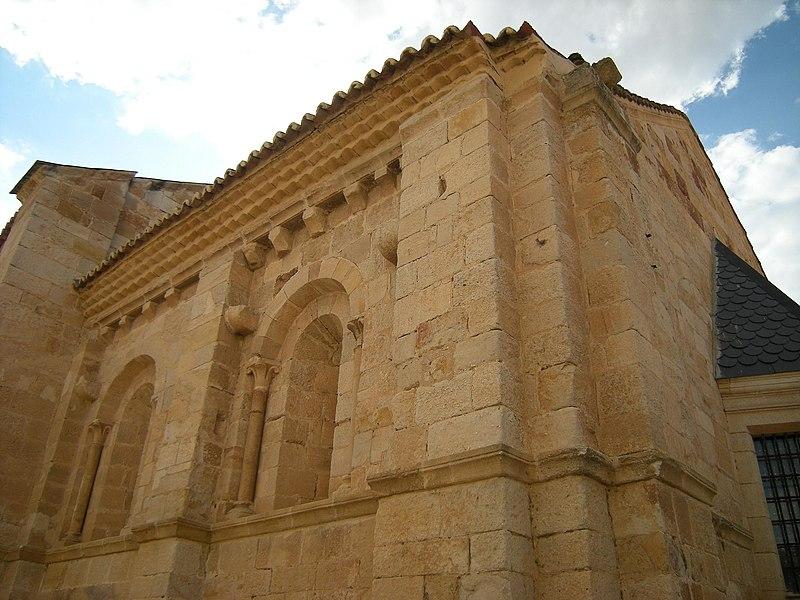 Iglesia de San Isidoro de Zamora (3136142242).jpg
