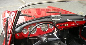 Innocenti 950 spider - interno 2.JPG