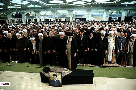 Funeral of Hashemi Shahroudi lead by Ali Khamenei Iranian officials at Shahroudi's funeral 02.jpg