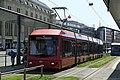 J30 012 Hp Stefan-Heym-Platz, ET 411.jpg