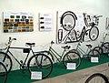 Jalgrattad, rattaosad ja numbrimärgid Valdo Prausti kollektsioonist vanarattanäitusel Palmse mõisas, 2007.jpg