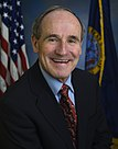 James E. Risch, official Senate photo portrait, 2009.jpg