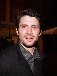 James Lafferty - el actor la celebridad interesante, encantador,  de la ascendencia Irlandes, Inglés,  en 2018