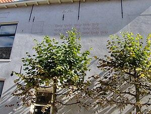 Jan Hanlo - Poem De mus on a wall in Leiden
