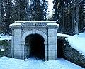 Jelení (Nová Pec), Schwarzenberský kanál, dolní portál 02.jpg