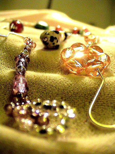 Fichier:Jewelry set 09.jpg