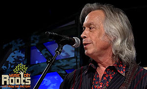 Jim Lauderdale - Jim Lauderdale hosting Music City Roots