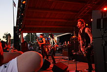 Joan Jett and the Blackhearts Beaumont 2010.jpg