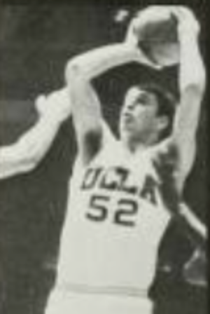 John Ecker (basketball) - Ecker with the Bruins during 1970–71 season
