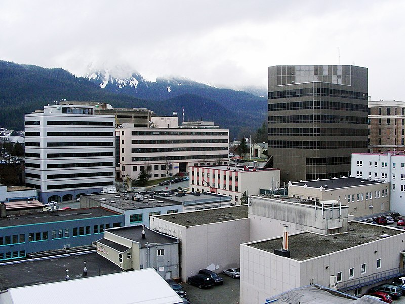 http://upload.wikimedia.org/wikipedia/commons/thumb/5/5f/Juneau%2C_Alaska_Downtown.jpg/800px-Juneau%2C_Alaska_Downtown.jpg