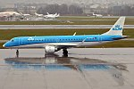 KLM, PH-EZG, Embraer ERJ-190STD (40107566032).jpg
