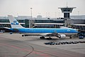 KLM Airbus A330-200 PH-AOF @AMS,19.04.2008.jpg