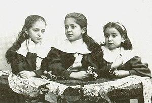 Ottla Kafka - Franz Kafka's sisters, from the left  Valli, Elli, Ottla