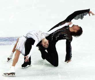 Alexander Smirnov (figure skater) - Kavaguti/Smirnov perform their short program at the 2010 Olympics