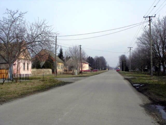 Knićanin, main street