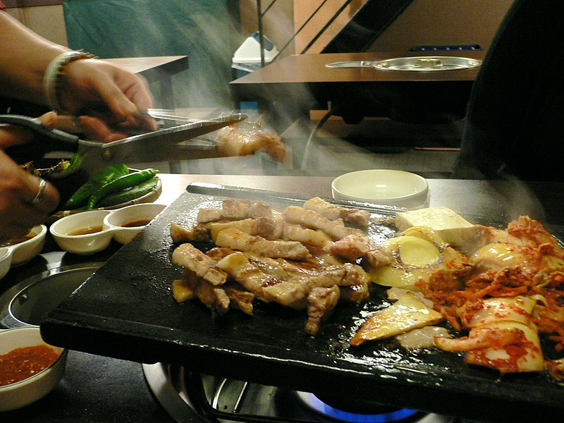 File:Korean barbeque-Samgyeopsal-05.jpg