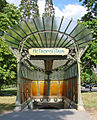 La station art nouveau de la porte Dauphine (Hector Guimard).jpg