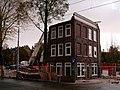 Laatste 'dubbeltjespand' in de Czaar Peterstraat in 2006.jpg