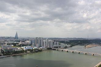 Economy of North Korea - Image: Laika ac Pyongyang (7975203722)