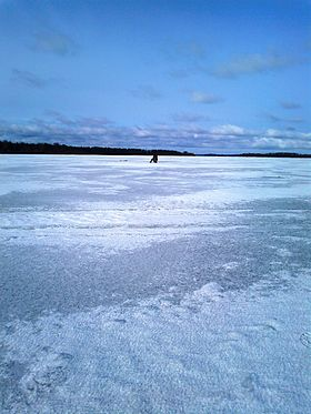Lake Zhizhitskoye(Winter).jpg