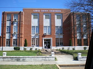Lamar County Courthouse in Vernon