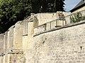 Laon (02), abbaye Saint-Jean, muraille côté sud, sur la RD 54 3.jpg