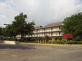 Gulfton, Houston - Las Américas Apartments, the former home of the Las Américas Education Center