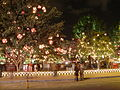 Lascar Park of the 93th avenue decorated for Christmas (4585130026).jpg