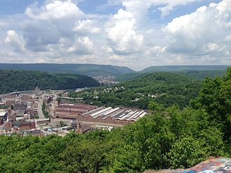 Laurel Hill (Pennsylvania) - A view of the northern end of Laurel Hill and the Conemaugh River gap in the distance, with the city of Johnstown in the foreground
