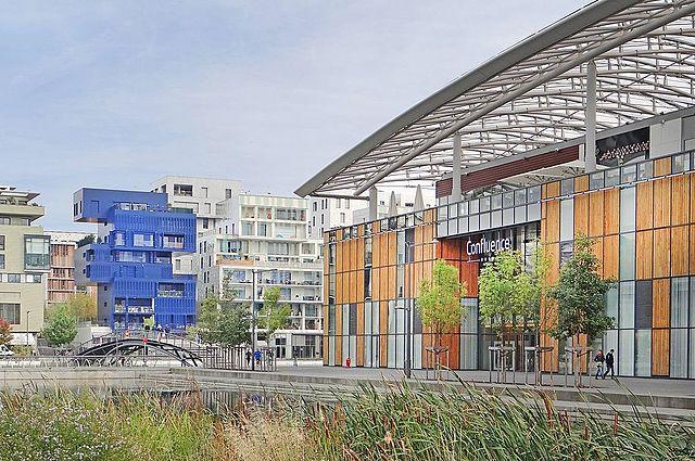 File Le P Le De Loisirs Et De Commerces Lyon Confluence