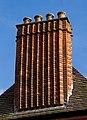 Lenchs Trust Almshouse Chimney 2 (8142138388).jpg