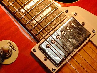 PAF (pickup) - Image: Les Paul Standard Detail