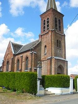 Liencourt - Eglise et monument aux morts.JPG
