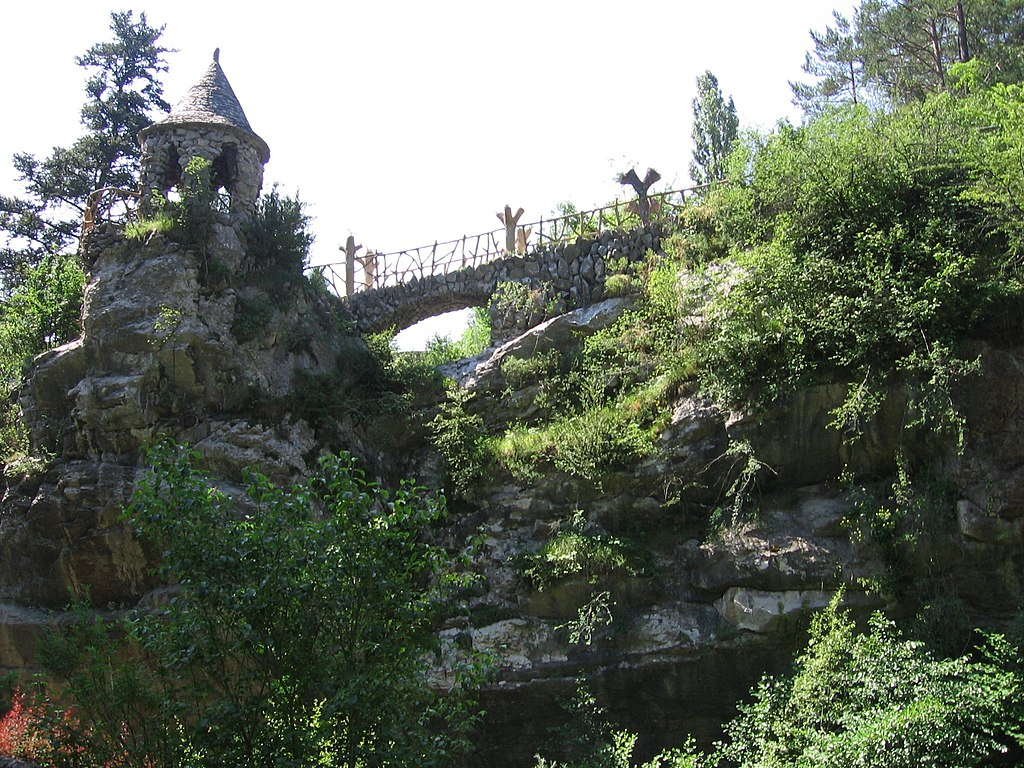 Glorieta de los jardines de Can Artigas