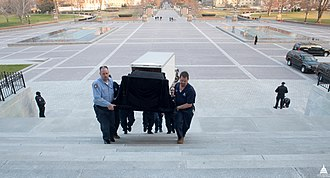 Lincoln Catafalque - The catafalque being moved into the rotunda for Daniel Inouye's lying in state