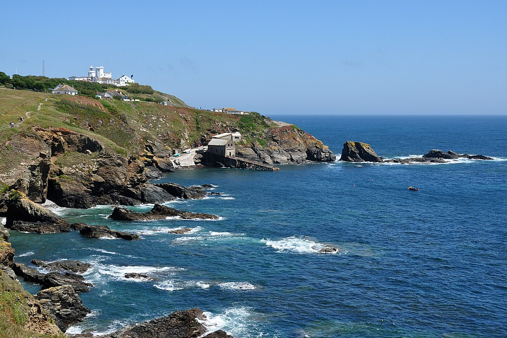 File:Lizard Point from the west.jpg - Wikimedia Commons