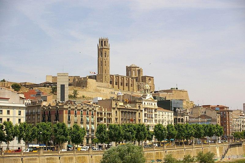 Datei:Lleida - La Seu Vella (des de Cappont).jpg