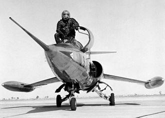 Lockheed XF-104 - Image: Lockheed XF 104 060928 F 1234S 001