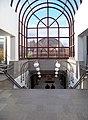 Lužiny, stanice metra, schodiště k nástupišti.jpg
