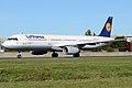 Lufthansa, D-AIRT, Airbus A321-131 (15834427334).jpg