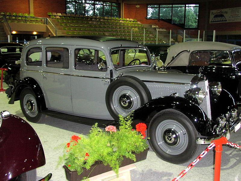 Typ 230 (W143) - Mercedes-Benz