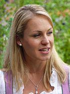 Magdalena Neuner Panoramaweg 2013 (2)-retouched