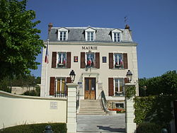 Mairie montsoult.JPG