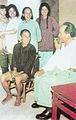 Mao Zedong with a family.jpg