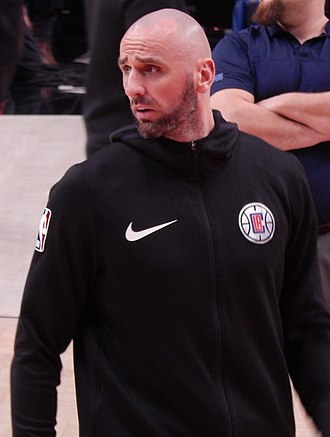 Marcin Gortat - Gortat with the Clippers in 2018